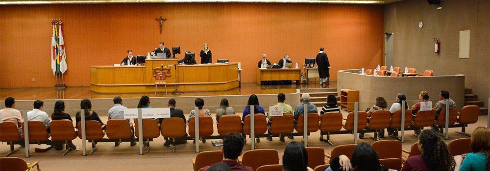 Da possibilidade de decretação de prisão por condenação perante o Tribunal do Júri: